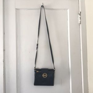 Black Micheal Kors Crossbody